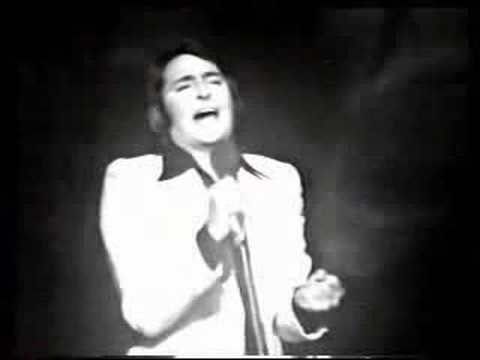 Nino Bravo - Cartas Amarillas en Vivo - YouTube