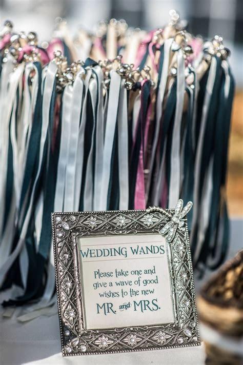 20 Unique Wedding Exit Send Off Ideas   EmmaLovesWeddings