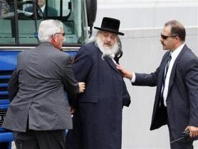 Des rabbins dans le plus odieux et crapuleux réseau d'escrocs, arrêtés aux USA.