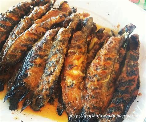 fauzi nasi campur ikan keli bakar tempat makan