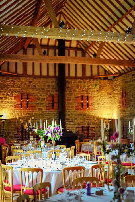 17 Awesome Autumn Barn Wedding Venues   CHWV