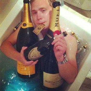 richkids_bathtub