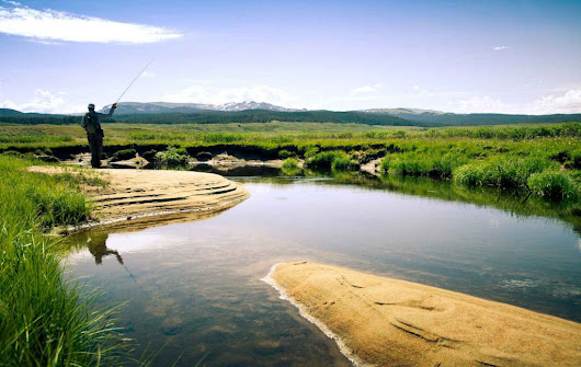 Sunday Classic / 10 Tips to Keep You Catching Fish During Your Fly Fishing Travels