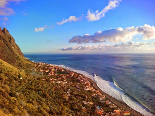 Madeira News: SURFING in PAUL DO MAR on Madeira´s sunniest, warmest south west coast