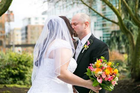 Space Needle Observation Deck Wedding ? Seattle Wedding