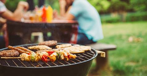 2 Food Safety Tips for Backyard Barbeques