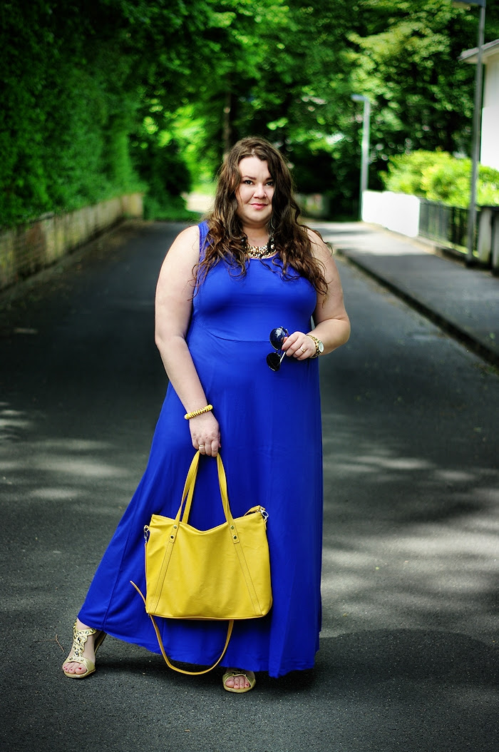 Große Größen Plus Size Fashion Blog cobalt kobalt maxi dress asos curve