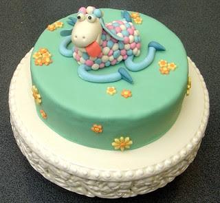 Sheepy cake