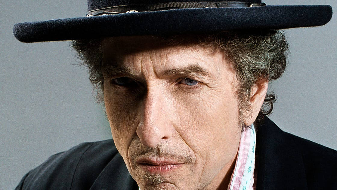 Review: Bob Dylan looks back, again, on 'Fallen Angels'