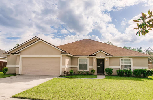2653 Royal Pointe Dr, GREEN COVE SPRINGS, FL 32043 (MLS #904166) :: EXIT Real Estate Gallery
