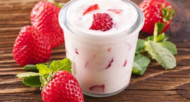 O consumo diário de iogurte traz inúmeros benefícios a saúde