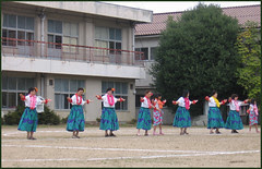 04 hula dance
