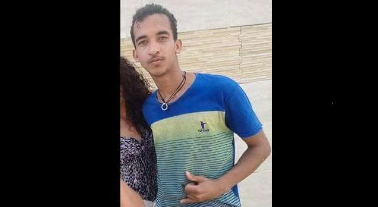 José Ernesto Ferreira da Silva, 18 anos, estava internado na UTI do Hospital da Restauração / Foto: Cortesia
