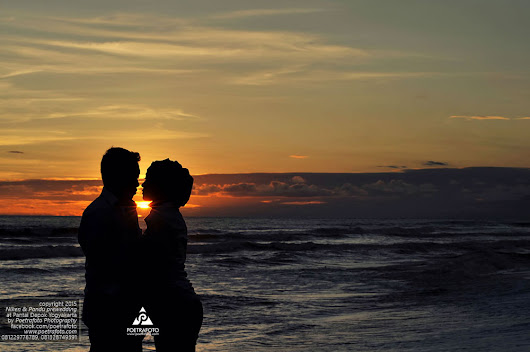 7 Foto Prewedding Outdoor Sunset di Jogja | Niken+Pandu Pre Wedding Photoshoot