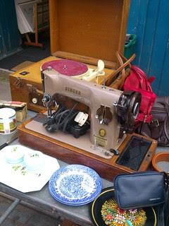 04 - Sewing Machine