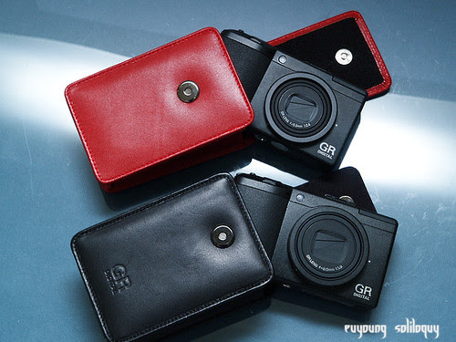 Ricoh_GRD3_Accessories_04 (by euyoung)