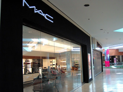 the cosmetic company store locations in Slovakia