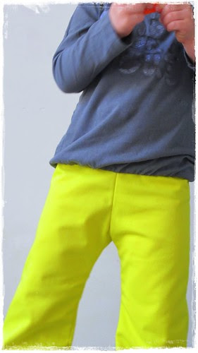 gele broek