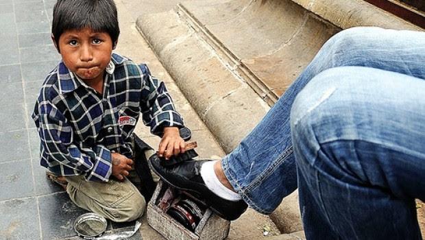 Sin salario uno de cada dos menores que trabaja en México: Inegi