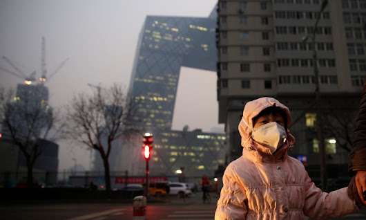 Beijing issues first ever pollution red alert as smog engulfs capital