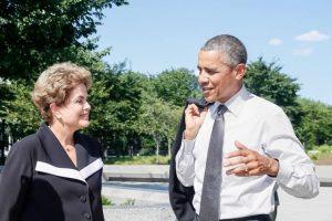 Obama e Dilma assinam acordos tratando de apoio a negros brasileiros