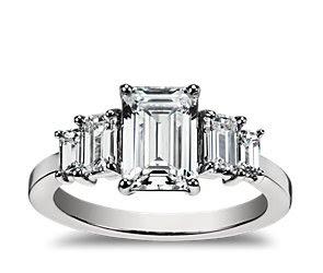 Resultado de imagen para emerald diamonds rings