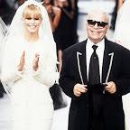 a8e90b8ae437 カール・ラガーフェルドが死去。|ニュース|Fashion|madameFIGARO.jp(フィガロジャポン)