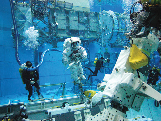 NASA Invites Student Teams to Participate in Underwater Research