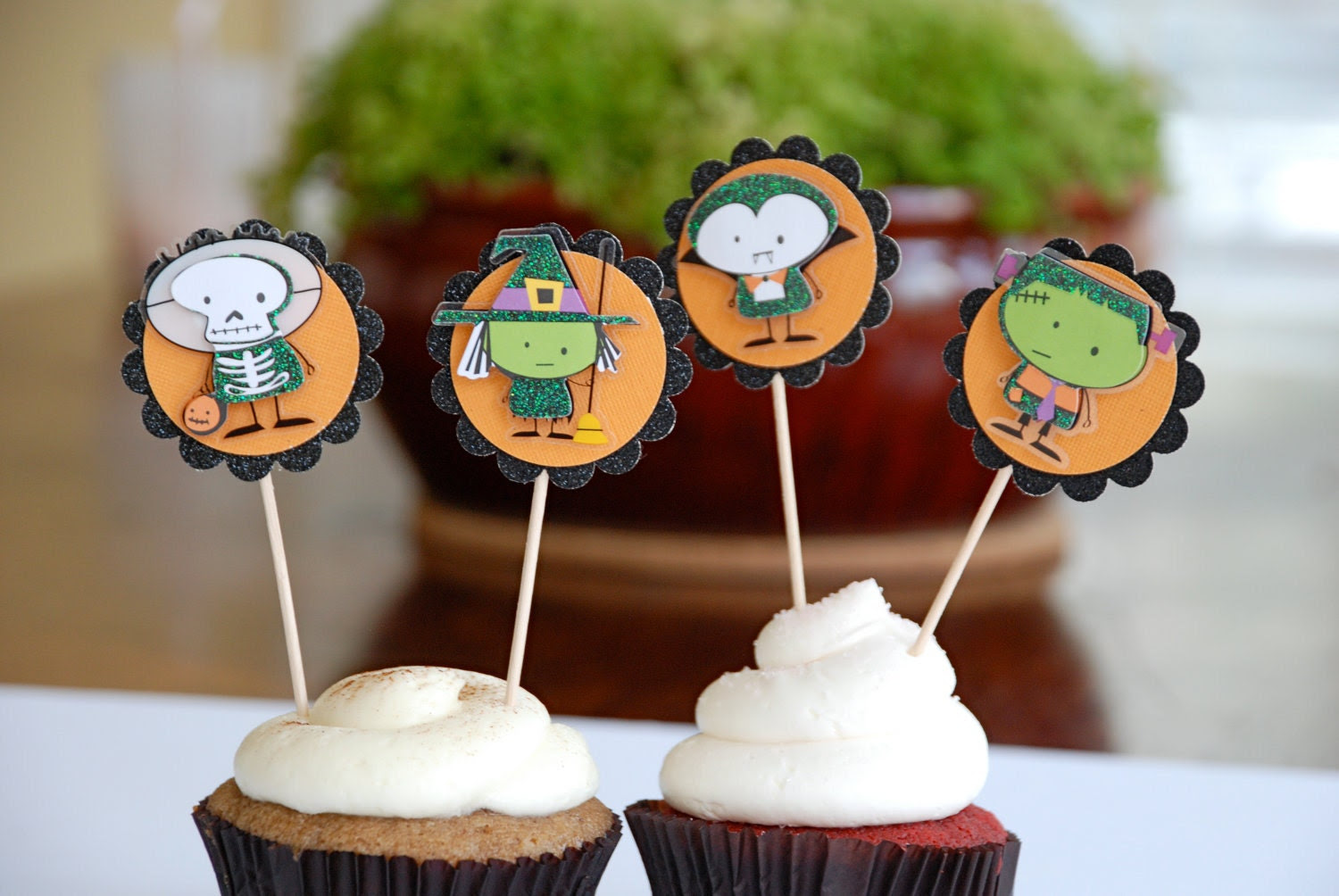 Sweet but Spooky Halloween Cupcake Toppers