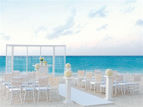 Top 10 Destination Wedding All Inclusive Resorts: Hard