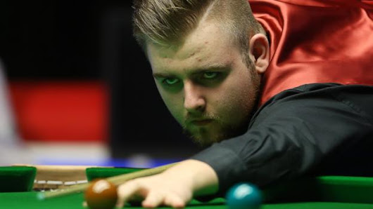 Jackson Page: 15-year-old snooker prodigy's pro hopes & parents' pride