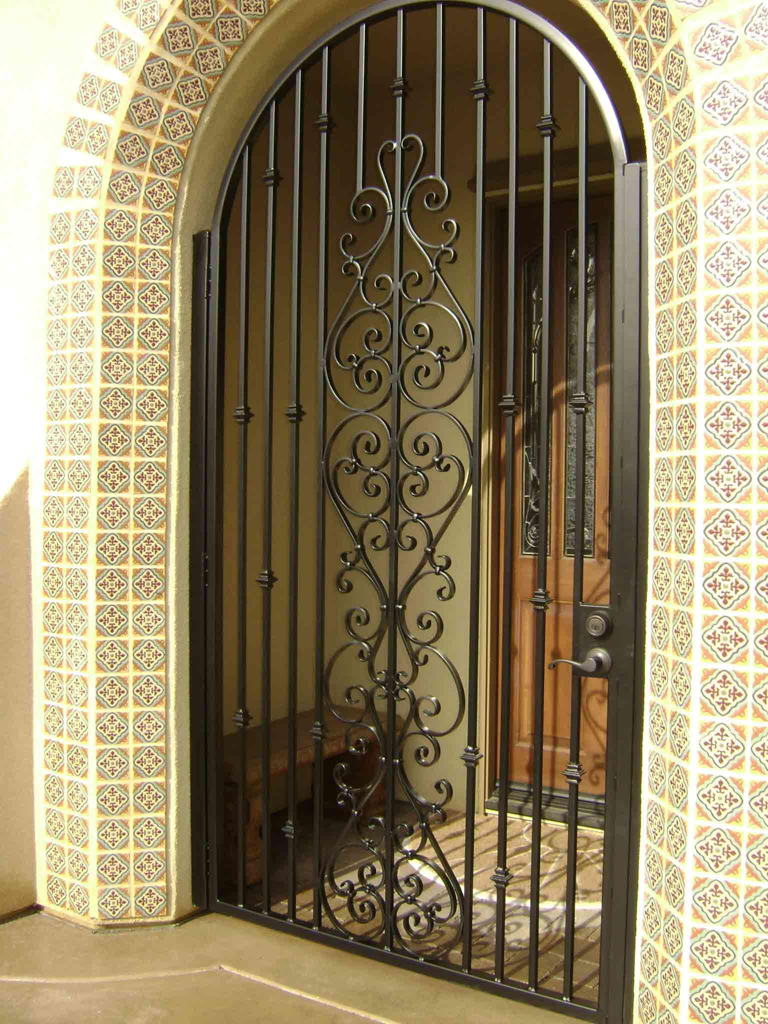 iron door exterior design  | 1024 x 768