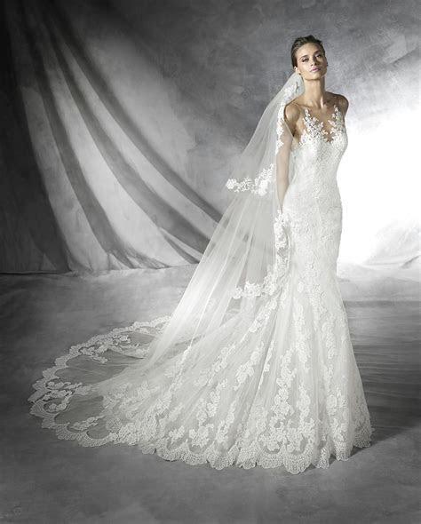 Pronovias Wedding Dresses   Style Placia [Placia]   $2,240