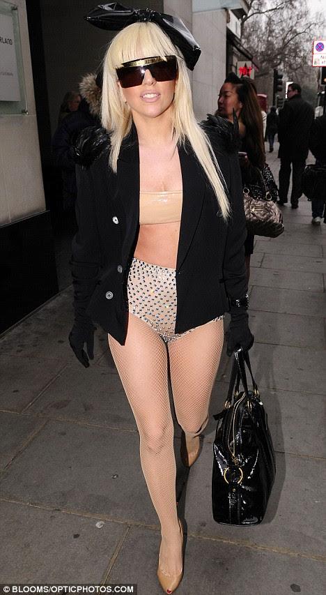 lady gaga bikini photos