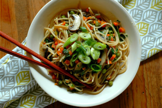 Fast Prep Instant Pot Vegetable Lo Mein - Raising Generation Nourished