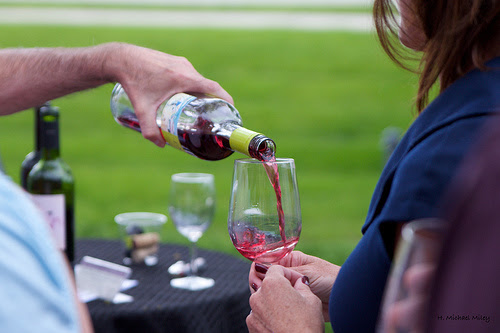 Maximizing Your Winery Direct to Consumer Sales - Alcohol Beverage Branding - Drink With Your Eyes™