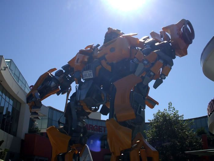 A photo I took of BUMBLEBEE standing tall outside a Hollywood shopping plaza.