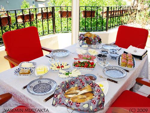 Terasta Kahvaltı Keyfi 2009