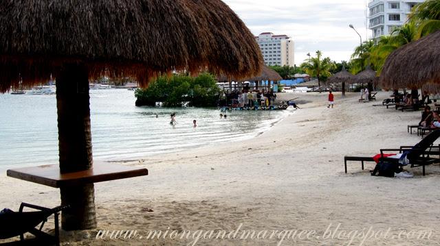 Maribago Bluewater Beach Resort