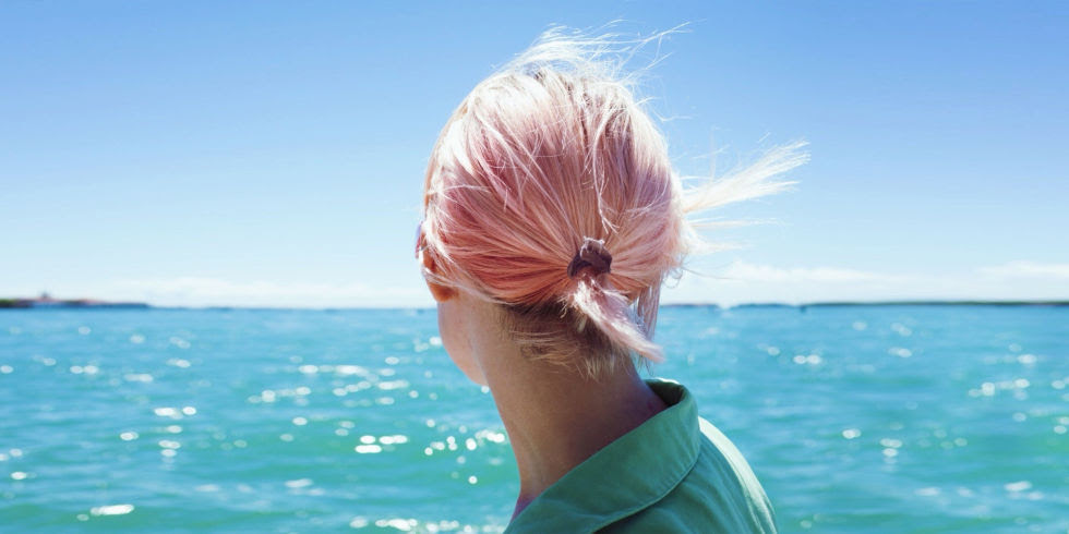 7 Genius Tricks for Dyeing Your Hair at Home