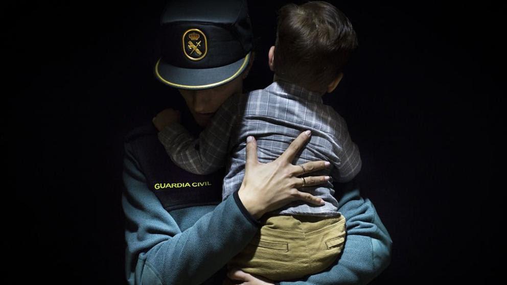 Una asociación de guardias civiles equipara la situación que viven los hijos en Catalunya con la Alemania nazi