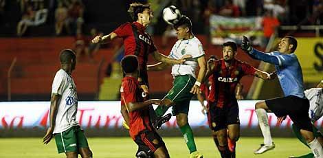 Sport perdeu a segunda partida seguida no Campeonato Pernambucano / André Nery/JC Imagem