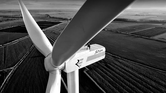 AP: A Decade After Welcoming Wind, States Reconsider