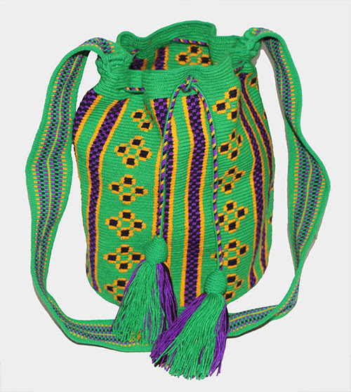 Online Sale of Wayuu Mochilas of Colombia - Mochilas Wayuu handmade with pure cotton by Wayuu indians from La Guajira, beautiful designs - Products of Colombia.com
