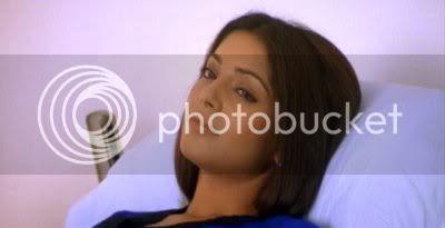 http://i298.photobucket.com/albums/mm253/blogspot_images/Raaz/PDVD_008.jpg