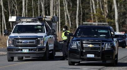В Канаде три человека погибли при крушении вертолёта