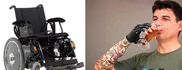 Imgem de uma cadeira de rodas motorizada top de linha e uma prótese de alto valor.