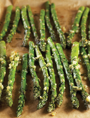 Roasted-Garlic Asparagus recipe