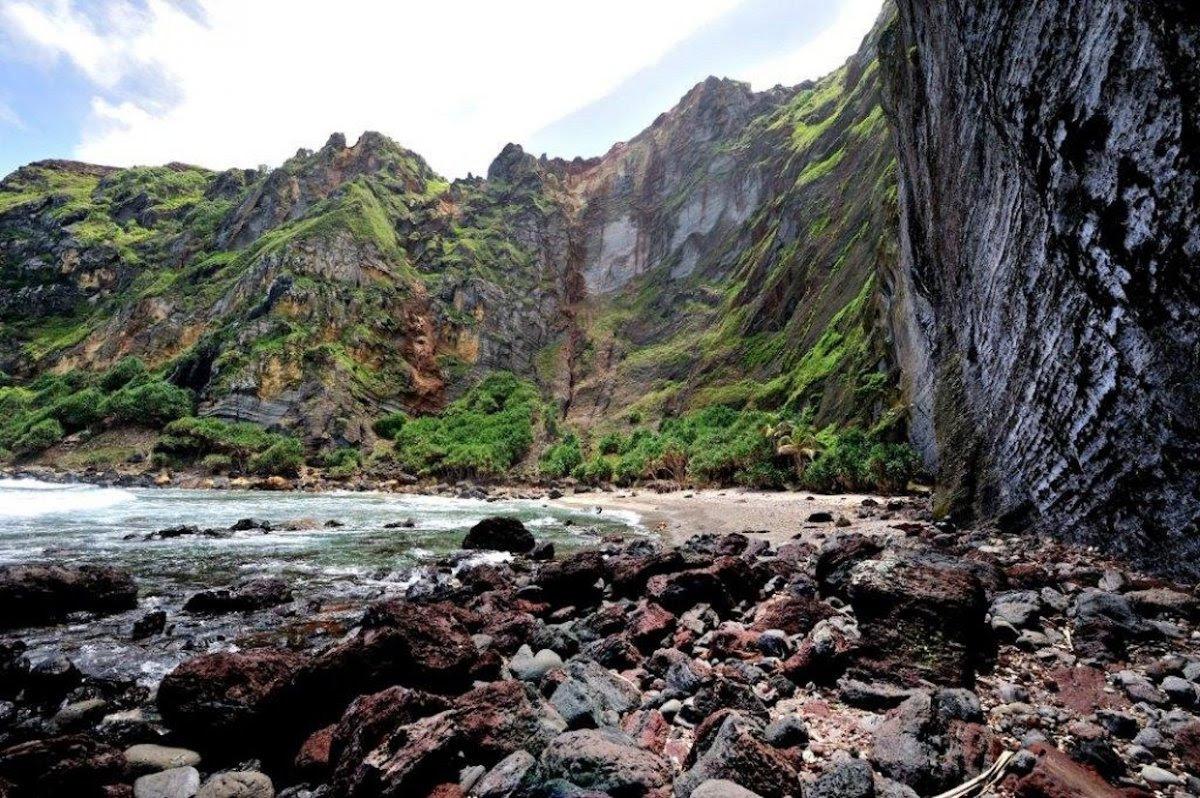Como é viver em uma pequena ilha britânica no meio do Pacífico 08