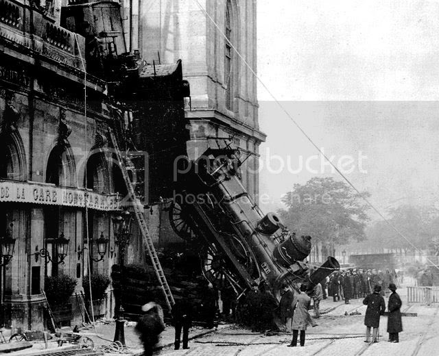 Montparnasse derailment